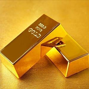SSGA's SPDR said for 2017, investors should seek income opportunities, invest in real assets and use gold and smart beta to mitigate volatility headwinds.