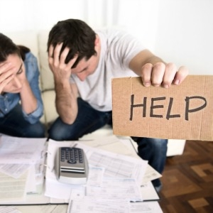 Nearly three quarters of Australian households have some form of debt, 10 per cent of which cannot make minimum repayments, ME Bank research showed.